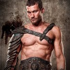 Andy Whitfield es Spartacus en la serie 'Spartacus: Sangre y Arena (Blood and Sand)'